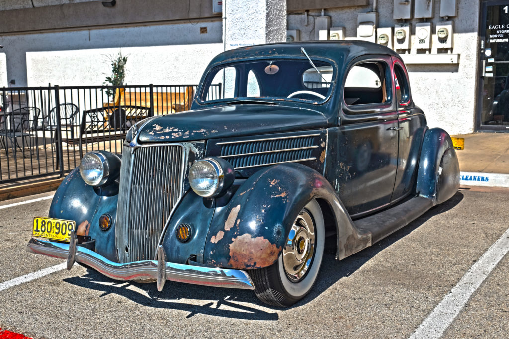 1936-ford-deluxe-5-window-coupe